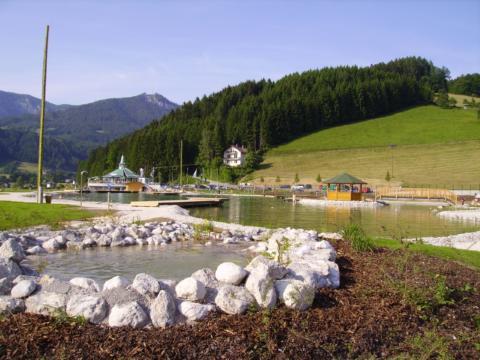 Aussicht auf Edlbach Badesee in Oberösterreich