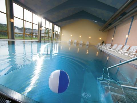 Hallenbad im JUFA Hotel Gnas - Sport-Resort. Der Ort für erfolgreiches Training in ungezwungener Atmosphäre für Vereine und Teams.