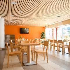 Gemütliches Restaurant mit TV im JUFA Hotel Leibnitz - Sport-Resort. Der Ort für erfolgreiches Training in ungezwungener Atmosphäre für Vereine und Teams.