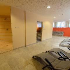 Ruheraum im Wellnessbereich im JUFA Hotel Schladming. Der Ort für erholsamen Familienurlaub und einen unvergesslichen Winter- und Wanderurlaub.