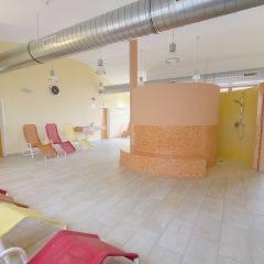 Ruheraum im Wellnessbereich im JUFA Hotel Fürstenfeld - Sport-Resort. Der Ort für erfolgreiches Training in ungezwungener Atmosphäre für Vereine und Teams.