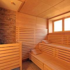 Sauna im Wellnessbereich im JUFA Hotel Knappenberg. Der Ort für erholsamen Familienurlaub und einen unvergesslichen Winter- und Wanderurlaub.