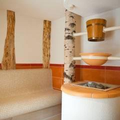 Sauna im Wellnessbereich im JUFA Hotel Waldviertel. Der Ort für erholsamen Familienurlaub und einen unvergesslichen Winter- und Wanderurlaub.