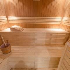 Sauna im Wellnessbereich im JUFA Judenburg Hotel zum Sternenturm. Der Ort für erfolgreiche und kreative Seminare in abwechslungsreichen Regionen.