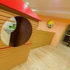 Spielhütte im Spielbereich im JUFA Natur-Hotel Bruck. Der Ort für erfolgreiche und kreative Seminare in abwechslungsreichen Regionen.