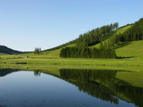 See auf der Teichalm im Almenland gelegen