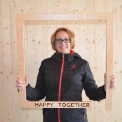 Auf diesem Bild sehen Sie Agnes Klara, Marketing & Sales Ungarn bei JUFA Hotels. JUFA Hotels bietet kinderfreundlichen und erlebnisreichen Urlaub für die ganze Familie.