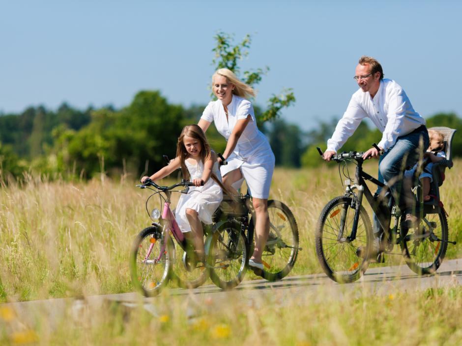 Radurlaub mit der ganzen Familie in Bayern | JUFA Hotel