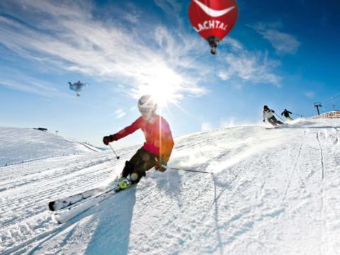 Ski- und Wandergebiet Lachtal in Murtal-Spielberg im Winter in der Nähe von JUFA Hotels. Der Ort für erholsamen Familienurlaub und einen unvergesslichen Winter- und Wanderurlaub.