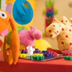 Spielzimmer mit Detailansicht im JUFA Hotel Nördlingen. Der Ort für kinderfreundlichen und erlebnisreichen Urlaub für die ganze Familie.