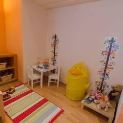 Spielzimmer mit Spielzeug im JUFA Judenburg Hotel zum Sternenturm. Der Ort für erfolgreiche und kreative Seminare in abwechslungsreichen Regionen.