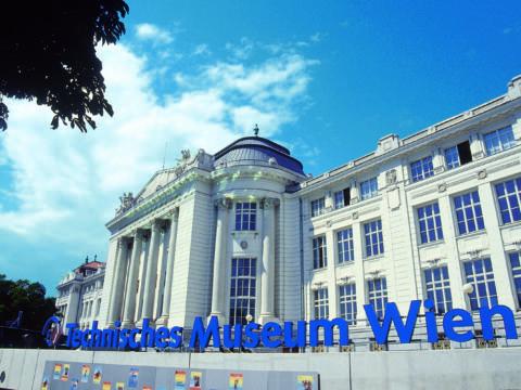 Technisches Museum Wien im Sommer. JUFA Hotels bietet erlebnisreichen Städtetrip für die ganze Familie und den idealen Platz für Ihr Seminar.