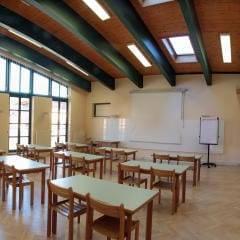 Die gut ausgetatteten Räume bieten den idealen Ort für Ihr Seminar oder Ihren Workshop im JUFA Hotel Knappenberg. Der Ort für erholsamen Familienurlaub und einen unvergesslichen Winter- und Wanderurlaub.