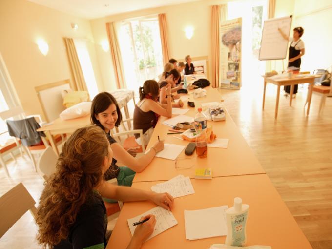 Die gut ausgetatteten Räume bieten den idealen Ort für Ihr Seminar oder Workshop im JUFA Hotel Nördlingen