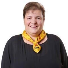 Sie sehen Brigitte Egli, Hotelleiterin des JUFA Hotel Malbun – Alpin-Resort. JUFA Hotels bietet kinderfreundlichen und erlebnisreichen Urlaub für die ganze Familie.