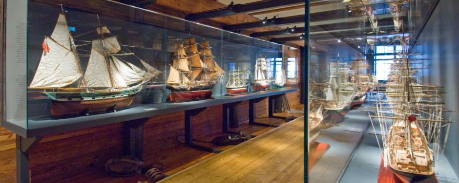 JUFA Hamburg HafenCity ist in der Nähe vom Internationalem Maritimen Museum, dass man sehr gut bei Schlechtwetter in Hamburg besuchen kann.